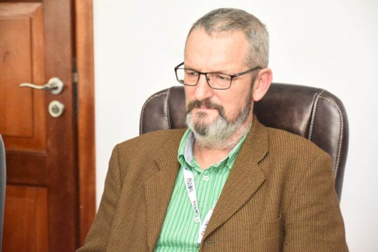 Prof Mathew Baylis